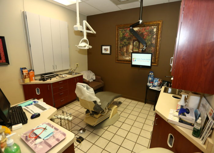 dentist in 46322